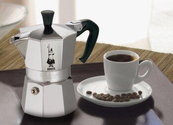 Espressokocher - die einfache, schnelle Zubereitung des kleinen Schwarzen