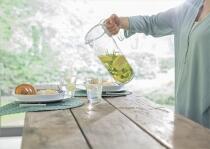 Mepal Wasserkaraffe flow 1.5 l - klar
