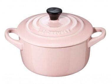 Le Creuset Mini Cocotte mit Deckel in chiffon pink
