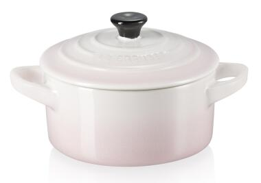 Le Creuset Mini Cocotte in shell pink