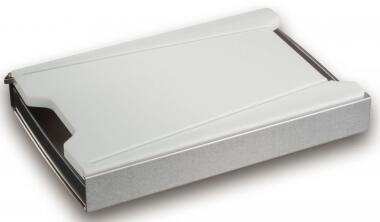 Schneidbox mit Kunststoff-Brett