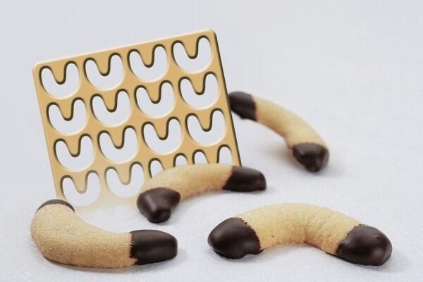 GSD Ausstechschablone Vanillekipferl für 28 Stück