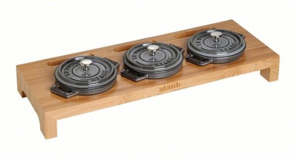 Staub Servierbrett für 3 Mini Cocottes aus Bambus Holz