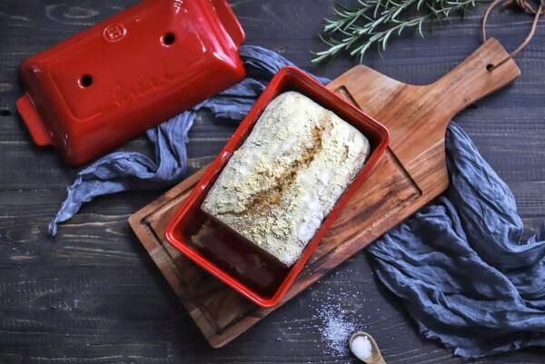 Frisches Brot einfach selbst gebacken