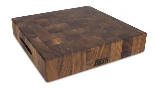 Boos Blocks Hackbrett aus Walnuss, 38 x 38 cm