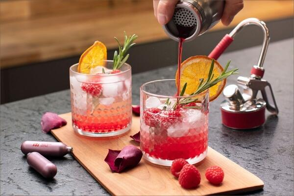Alkoholfreie Drinks & Sirups
