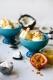 Le Creuset Dessertbecher mit Fuß in citrus