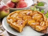 Apfelkuchen mit Mürbeteigboden und Mandel-Zimtstreusel