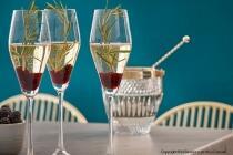Champagner-Gelee mit Passionsfruchtschaum