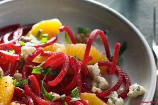 Rote Beete Salat mit Orange und Walnuss