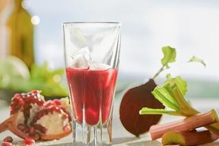 Rhabarber-Granatapfel-Rote Beete-Saft