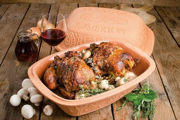 Burgunder-Huhn aus dem Römertopf