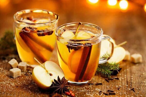 Heißer Apfelpunsch - weihnachtlich gewürzt