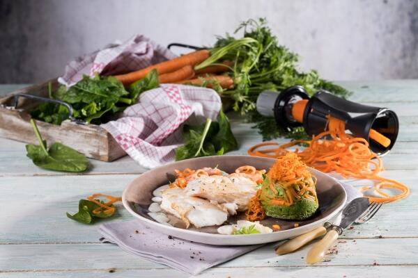Karotten-Spinat-Flan mit gebratenem Kabeljau