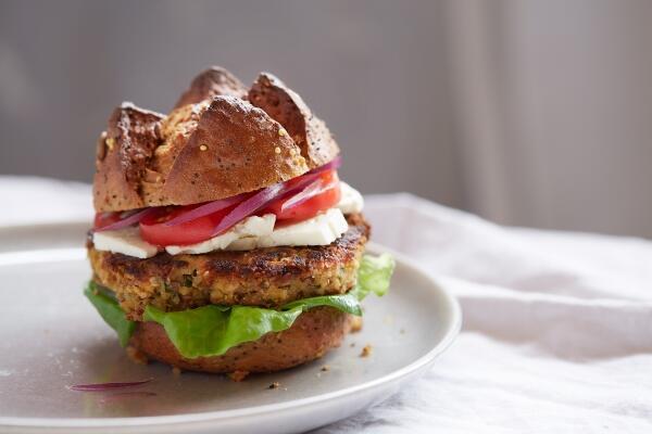 Orientalischer Veggie Burger