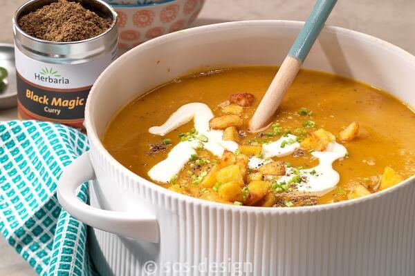 Cremige Süßkartoffelsuppe mit Ingwer