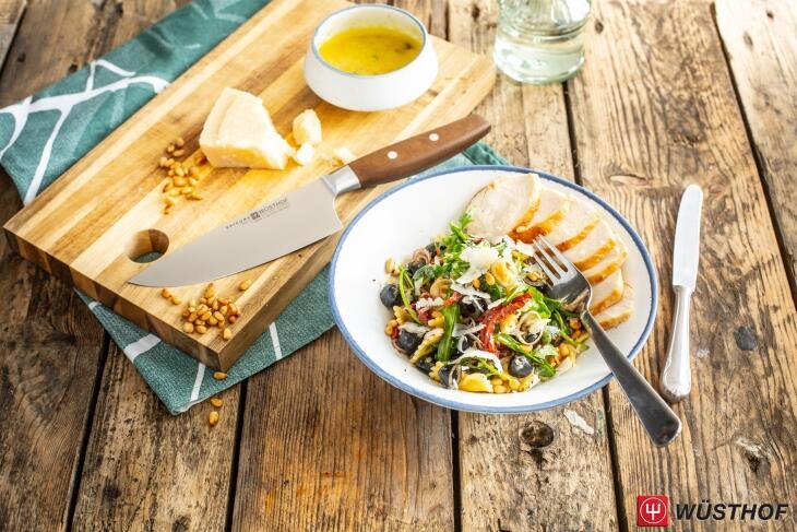 Italienischer Nudelsalat mit Hähnchenbrust