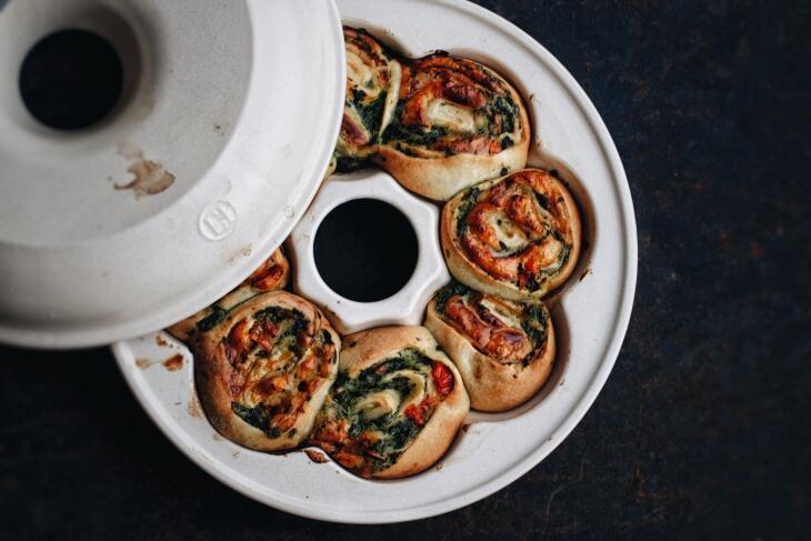 Pizza Schnecken mit Spinat