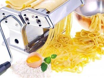 Pasta einfach selbst gemacht mit einer original italienischen Nudelmaschine