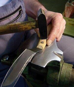Windmühlenmesser aus Birnenholz - samtig-weiche Hölzer aus dem Schwarzwald